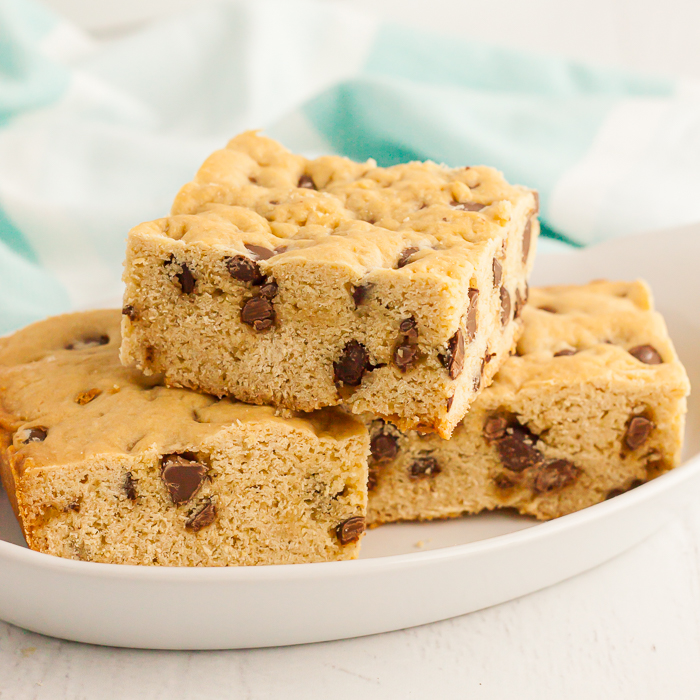 Chocolate Chip Cookie Cake has everything you love about your favorite cookie in a delicious cake. Each bite is loaded with chocolate chips and so amazing.