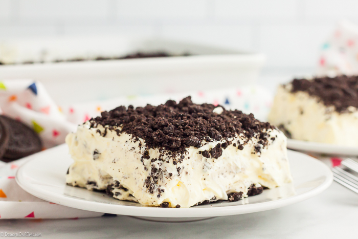 Oreo Dirt Cake Recipe is one of the best no bake treats that takes minutes to prepare. Lots of yummy Oreo cookies combine with a decadent pudding mixture.