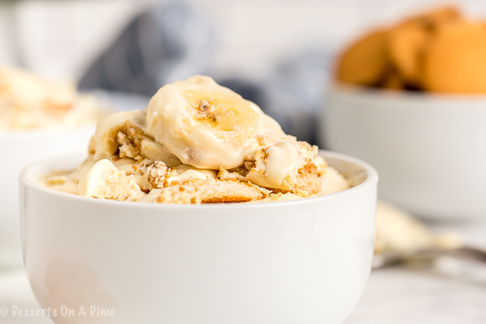 This easy and deliciousHomemade Banana Pudding Recipe will be the new family favorite. All of the delicious layers make this dessert so luscious.